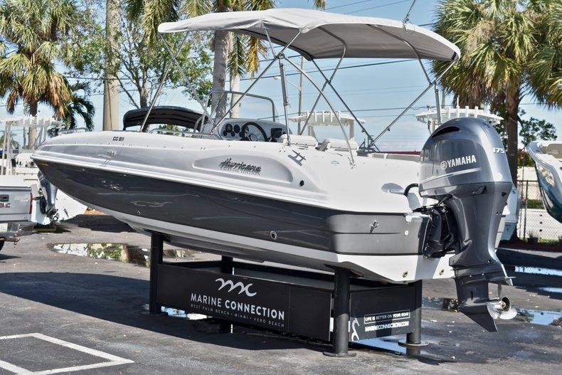 Thumbnail 5 for New 2018 Hurricane 211 SunDeck Sport OB boat for sale in Vero Beach, FL