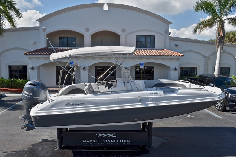 Thumbnail 0 for New 2018 Hurricane 211 SunDeck Sport OB boat for sale in West Palm Beach, FL