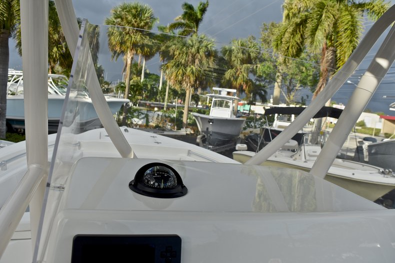 Thumbnail 27 for New 2018 Cobia 220 Center Console boat for sale in West Palm Beach, FL