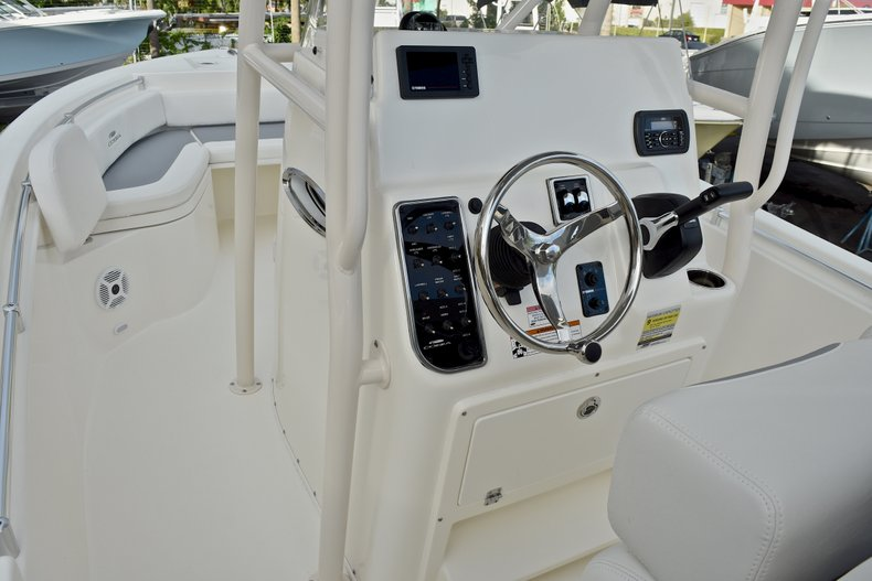 Thumbnail 26 for New 2018 Cobia 220 Center Console boat for sale in West Palm Beach, FL