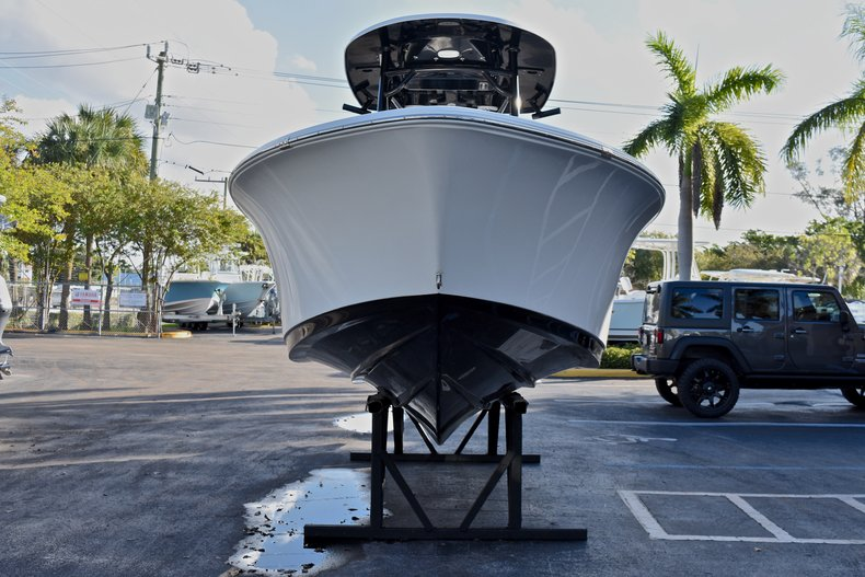 Thumbnail 2 for New 2018 Sportsman Heritage 231 Center Console boat for sale in West Palm Beach, FL