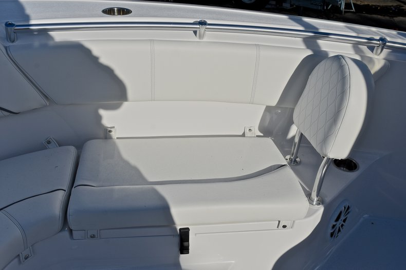 Thumbnail 42 for New 2018 Sportsman Heritage 231 Center Console boat for sale in West Palm Beach, FL