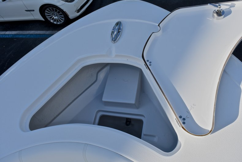Thumbnail 47 for New 2018 Sportsman Heritage 231 Center Console boat for sale in West Palm Beach, FL