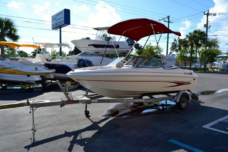 Used 2003 Glastron SX 175 Bowrider boat for sale in West Palm Beach