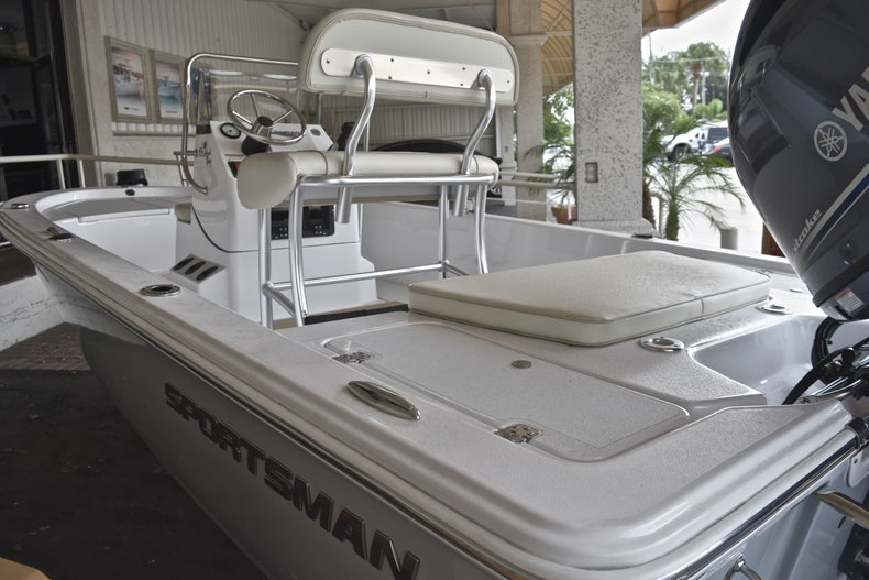 Thumbnail 3 for New 2018 Sportsman 18 Island Bay boat for sale in West Palm Beach, FL