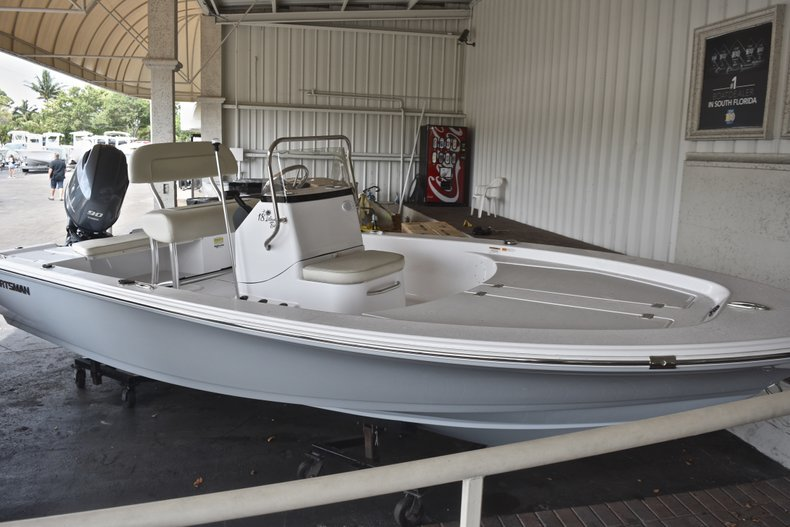Thumbnail 1 for New 2018 Sportsman 18 Island Bay boat for sale in West Palm Beach, FL