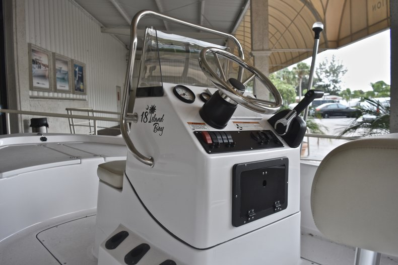 Thumbnail 4 for New 2018 Sportsman 18 Island Bay boat for sale in West Palm Beach, FL