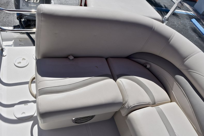 Thumbnail 14 for Used 2015 Hurricane FunDeck FD 236 OB boat for sale in West Palm Beach, FL