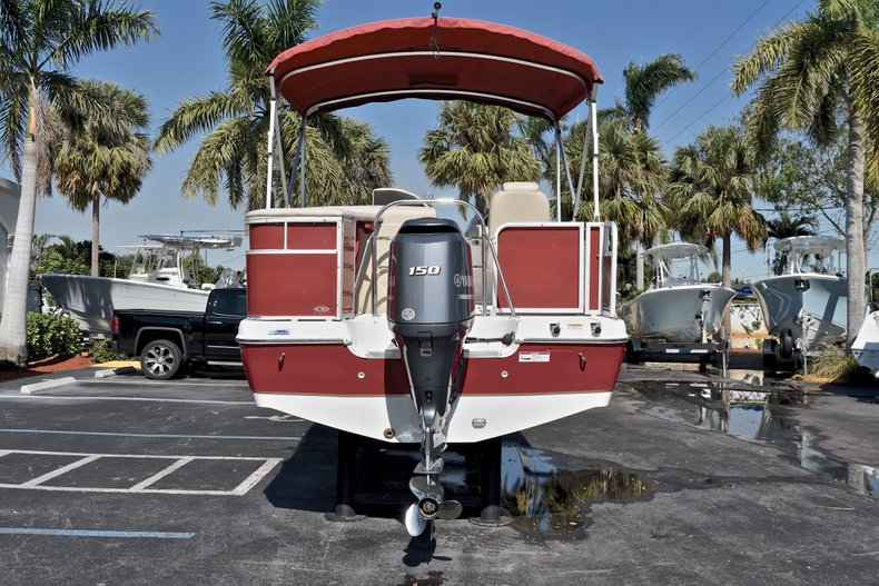 Thumbnail 6 for Used 2015 Hurricane FunDeck FD 236 OB boat for sale in West Palm Beach, FL