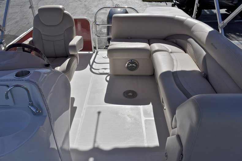 Thumbnail 9 for Used 2015 Hurricane FunDeck FD 236 OB boat for sale in West Palm Beach, FL