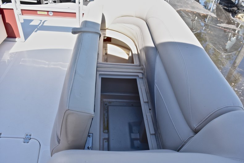 Thumbnail 40 for Used 2015 Hurricane FunDeck FD 236 OB boat for sale in West Palm Beach, FL