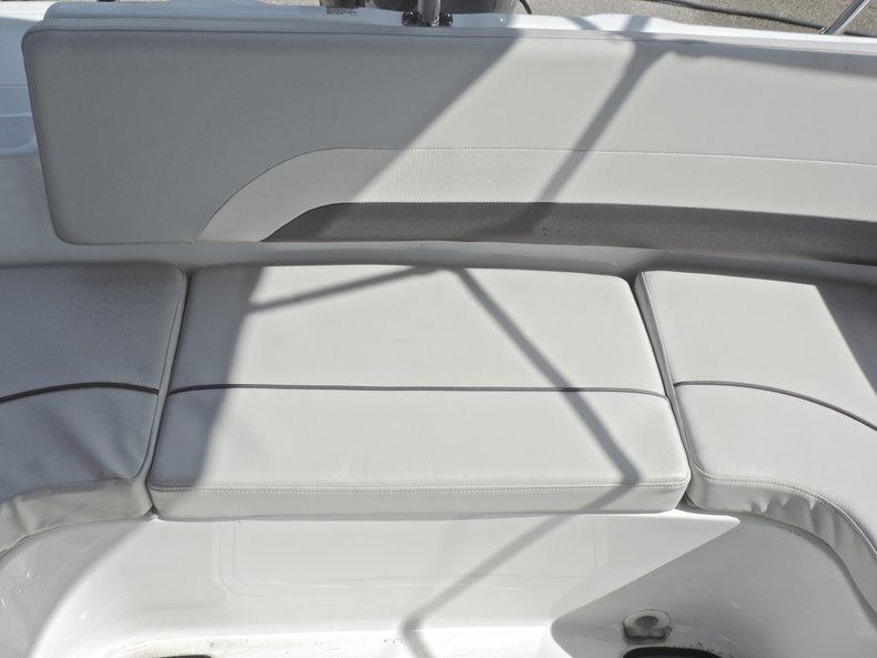 Thumbnail 11 for New 2018 Hurricane 231 SunDeck Sport OB boat for sale in West Palm Beach, FL