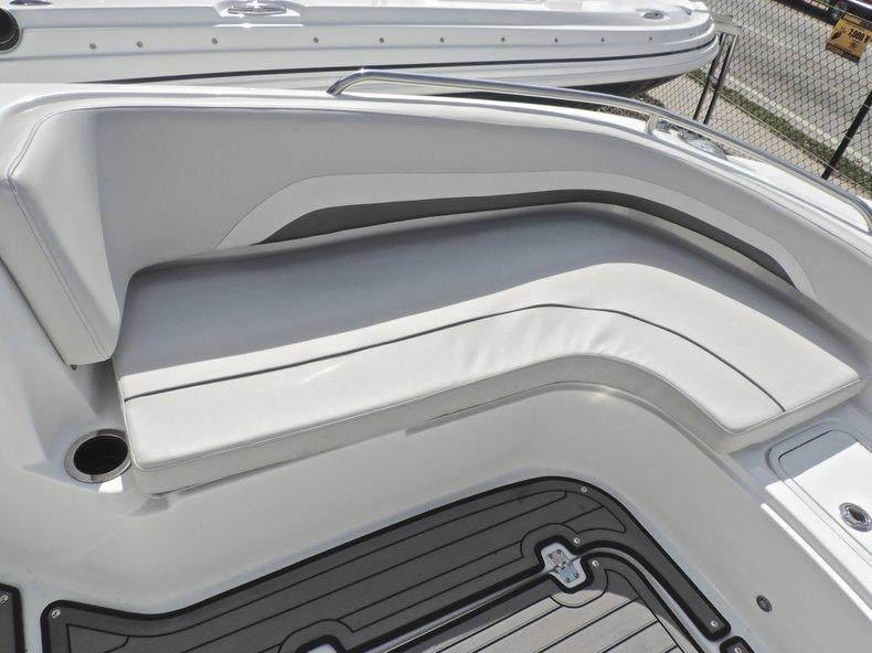 Thumbnail 40 for New 2018 Hurricane 231 SunDeck Sport OB boat for sale in Vero Beach, FL