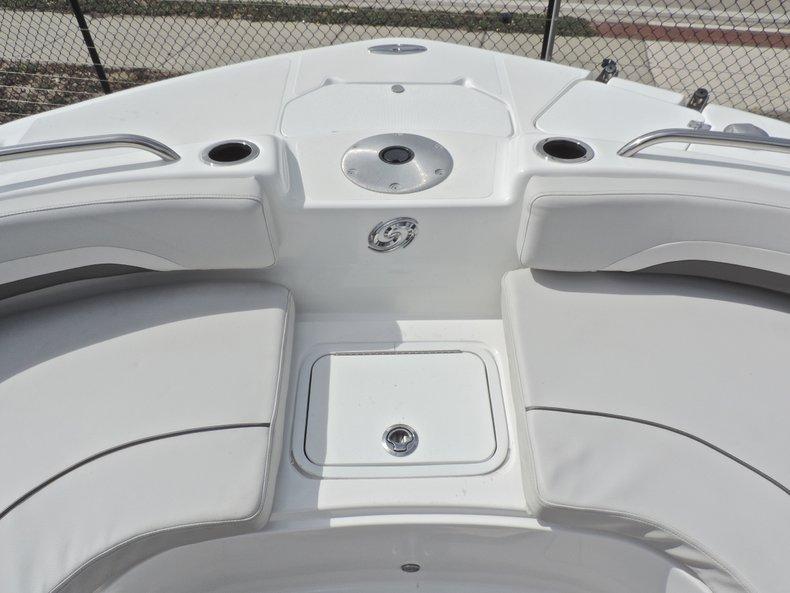 Thumbnail 46 for New 2018 Hurricane 231 SunDeck Sport OB boat for sale in Vero Beach, FL