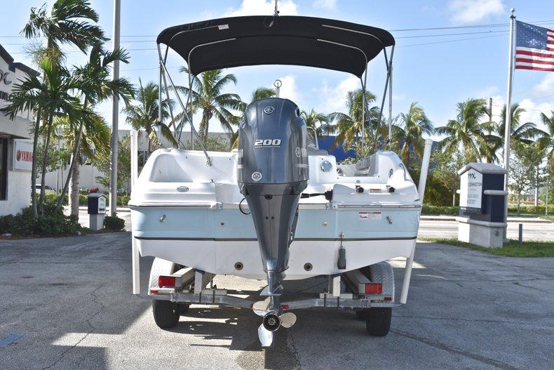 Thumbnail 6 for New 2018 Hurricane 231 SunDeck Sport OB boat for sale in West Palm Beach, FL