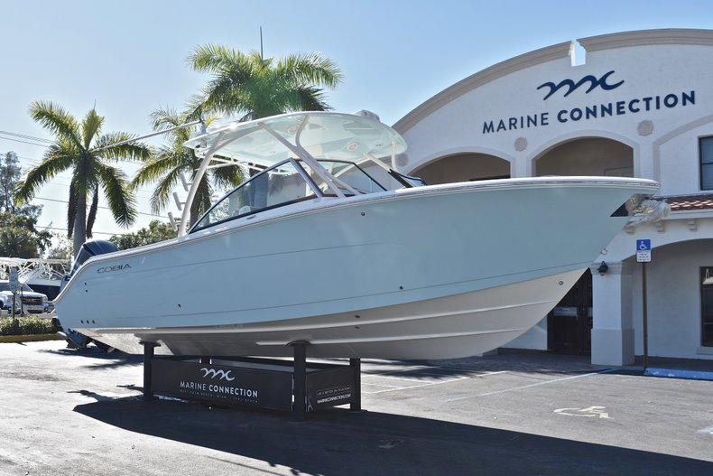 Thumbnail 1 for New 2018 Cobia 280 DC Dual Console boat for sale in Vero Beach, FL