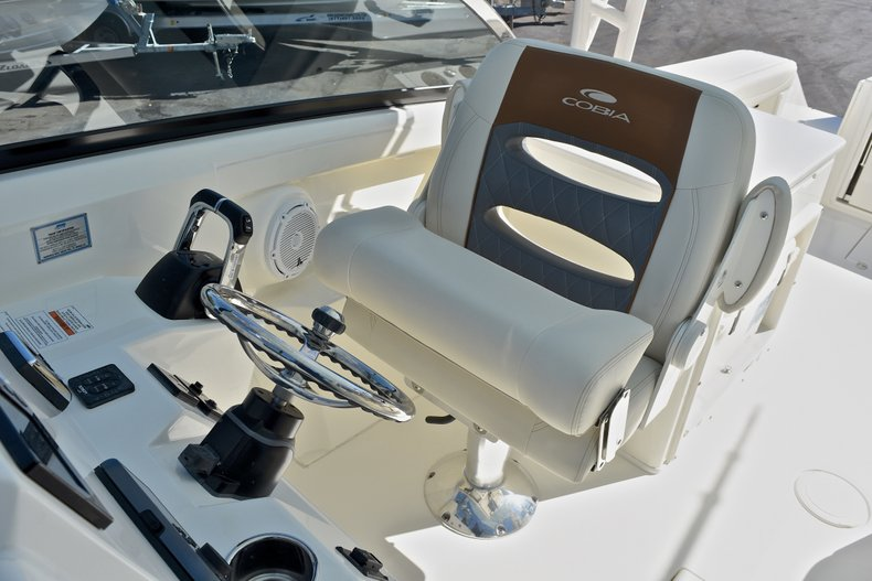Thumbnail 36 for New 2018 Cobia 280 DC Dual Console boat for sale in Vero Beach, FL