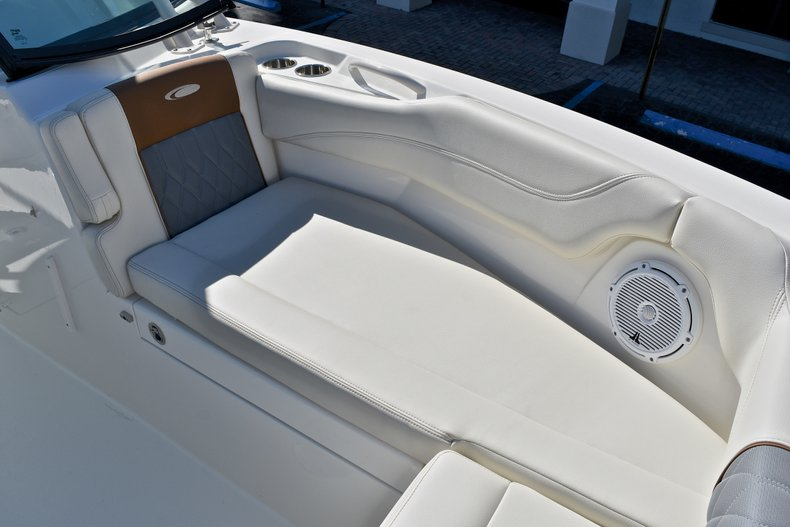 Thumbnail 55 for New 2018 Cobia 280 DC Dual Console boat for sale in Vero Beach, FL