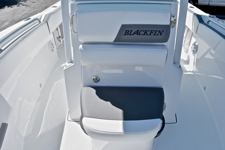 Thumbnail 50 for New 2018 Blackfin 212CC Center Console boat for sale in West Palm Beach, FL