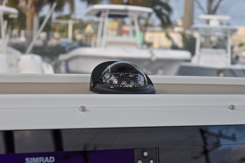 Thumbnail 42 for New 2018 Sportsman Open 282 TE Center Console boat for sale in West Palm Beach, FL
