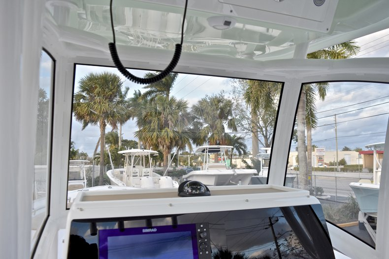 Thumbnail 41 for New 2018 Sportsman Open 282 TE Center Console boat for sale in West Palm Beach, FL