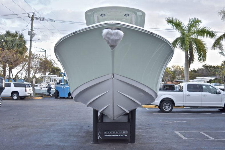 Thumbnail 3 for New 2018 Sportsman Open 282 TE Center Console boat for sale in West Palm Beach, FL