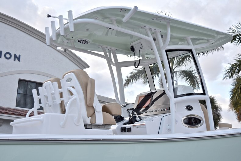 Thumbnail 9 for New 2018 Sportsman Open 282 TE Center Console boat for sale in West Palm Beach, FL