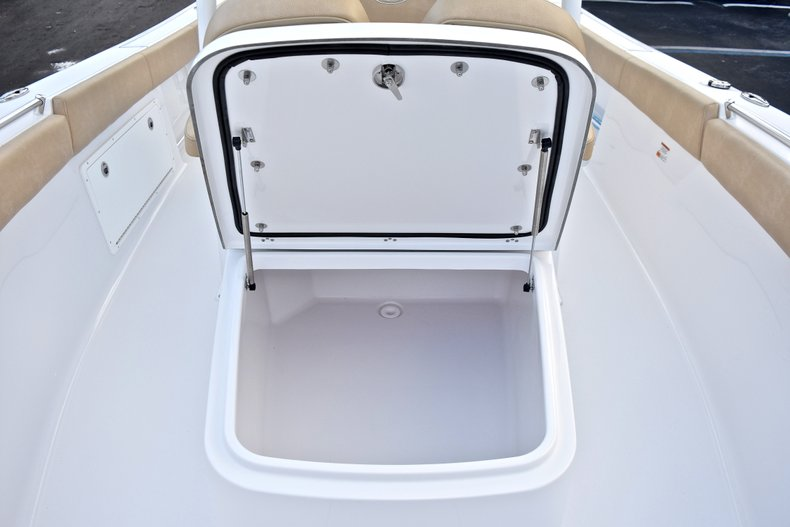 Thumbnail 55 for New 2018 Sportsman Open 282 TE Center Console boat for sale in West Palm Beach, FL