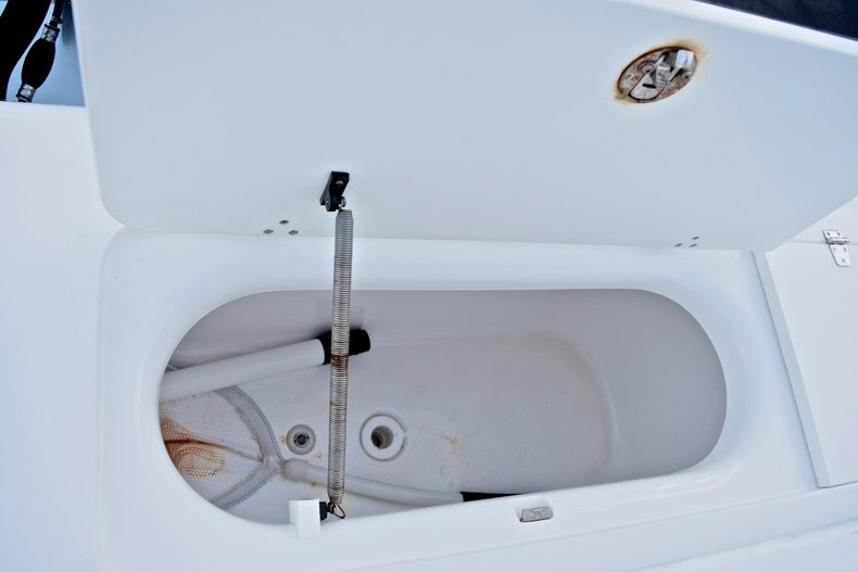 Thumbnail 13 for Used 2005 Bluewater 2850 CC Center Console boat for sale in West Palm Beach, FL