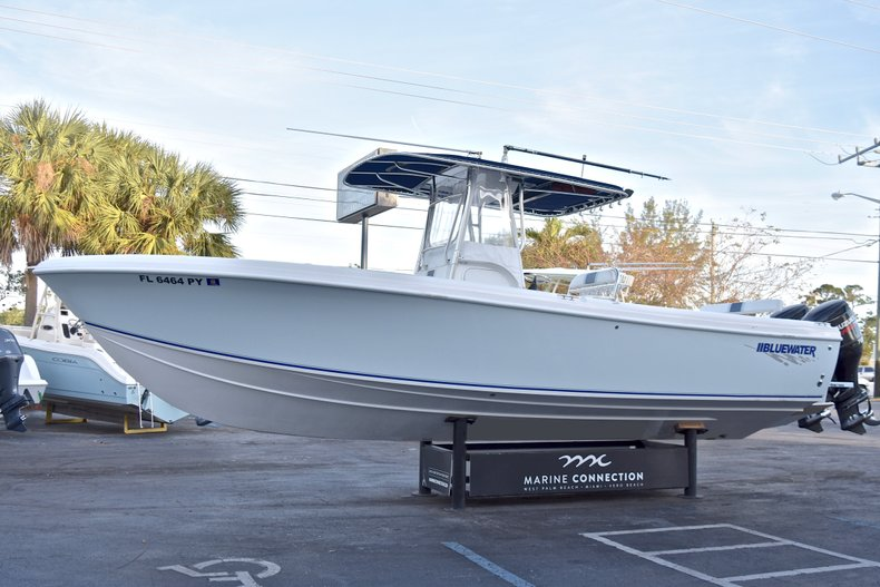 Thumbnail 3 for Used 2005 Bluewater 2850 CC Center Console boat for sale in West Palm Beach, FL