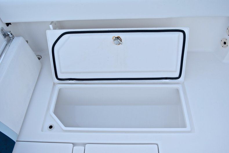 Thumbnail 21 for Used 2005 Bluewater 2850 CC Center Console boat for sale in West Palm Beach, FL