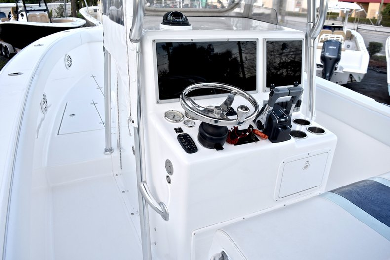 Thumbnail 27 for Used 2005 Bluewater 2850 CC Center Console boat for sale in West Palm Beach, FL