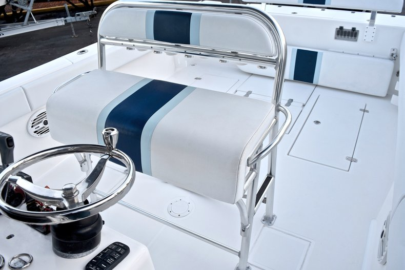 Thumbnail 25 for Used 2005 Bluewater 2850 CC Center Console boat for sale in West Palm Beach, FL