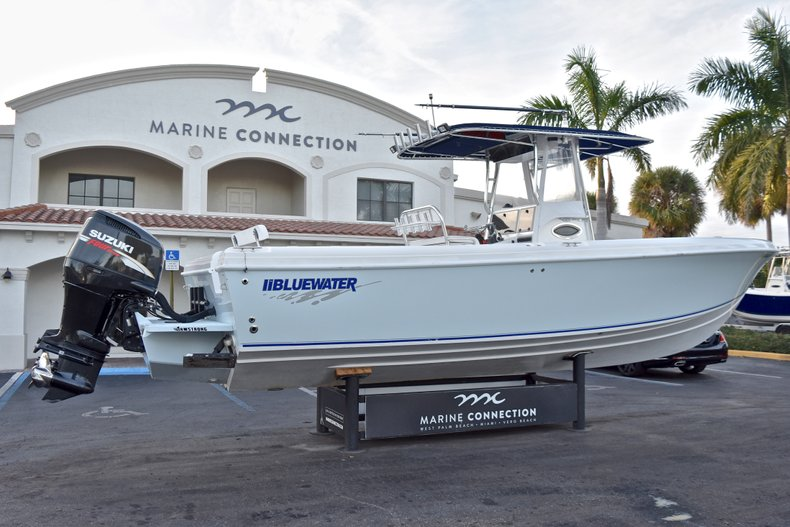 Thumbnail 7 for Used 2005 Bluewater 2850 CC Center Console boat for sale in West Palm Beach, FL