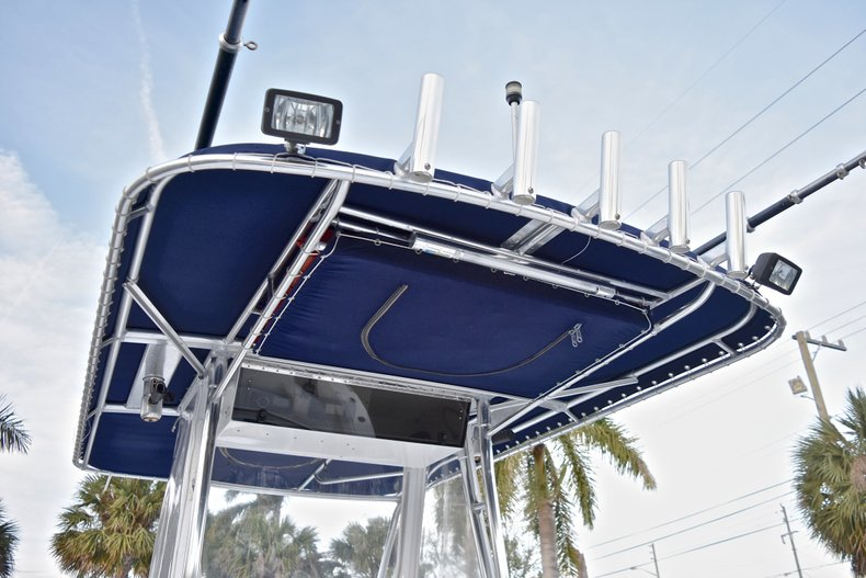 Thumbnail 39 for Used 2005 Bluewater 2850 CC Center Console boat for sale in West Palm Beach, FL