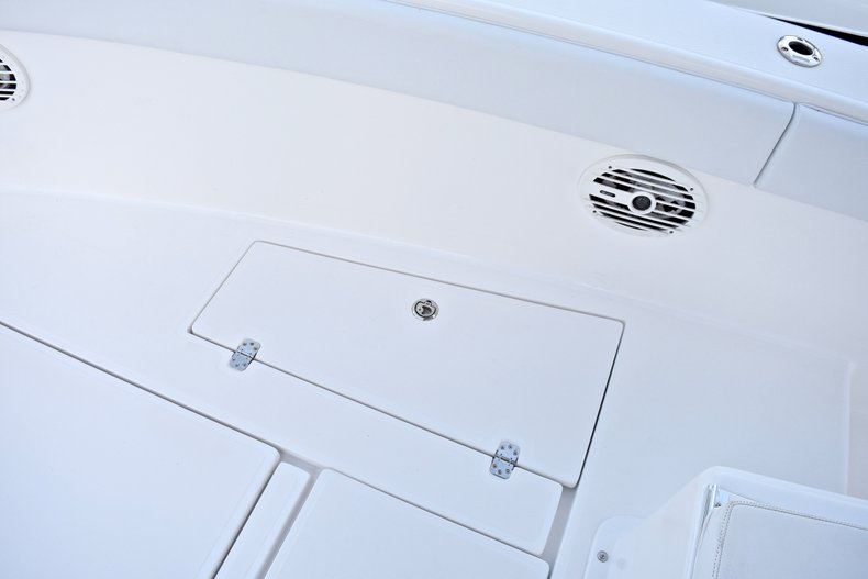 Thumbnail 54 for Used 2005 Bluewater 2850 CC Center Console boat for sale in West Palm Beach, FL