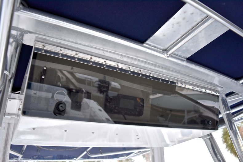 Thumbnail 40 for Used 2005 Bluewater 2850 CC Center Console boat for sale in West Palm Beach, FL