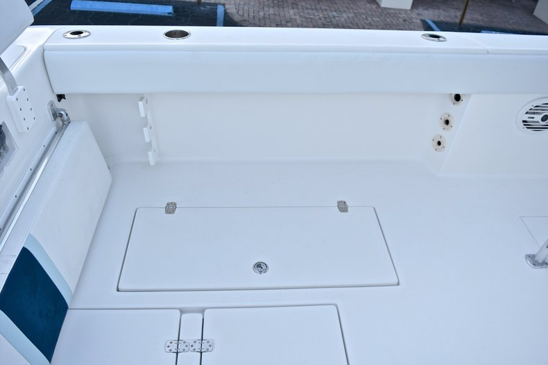 Thumbnail 20 for Used 2005 Bluewater 2850 CC Center Console boat for sale in West Palm Beach, FL