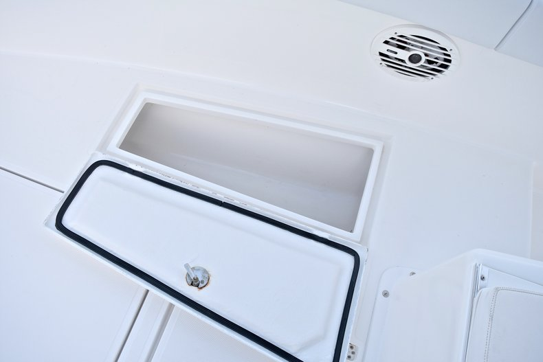 Thumbnail 55 for Used 2005 Bluewater 2850 CC Center Console boat for sale in West Palm Beach, FL