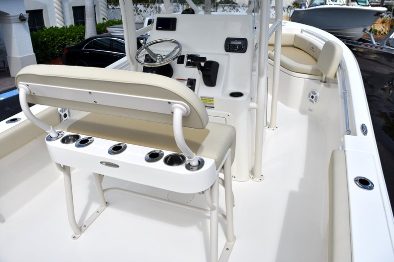 Thumbnail 10 for New 2018 Cobia 220 Center Console boat for sale in West Palm Beach, FL