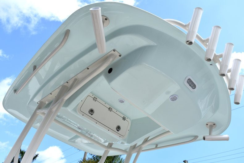 Thumbnail 24 for New 2018 Cobia 220 Center Console boat for sale in West Palm Beach, FL