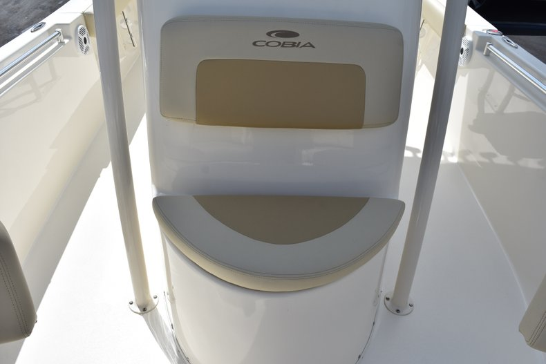 Thumbnail 46 for New 2018 Cobia 220 Center Console boat for sale in West Palm Beach, FL
