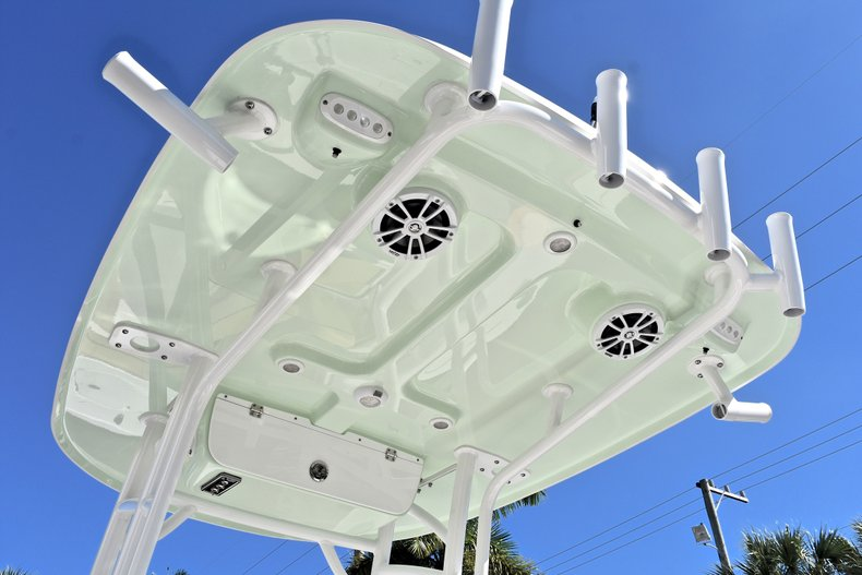 Thumbnail 23 for New 2018 Sportsman Open 212 Center Console boat for sale in West Palm Beach, FL
