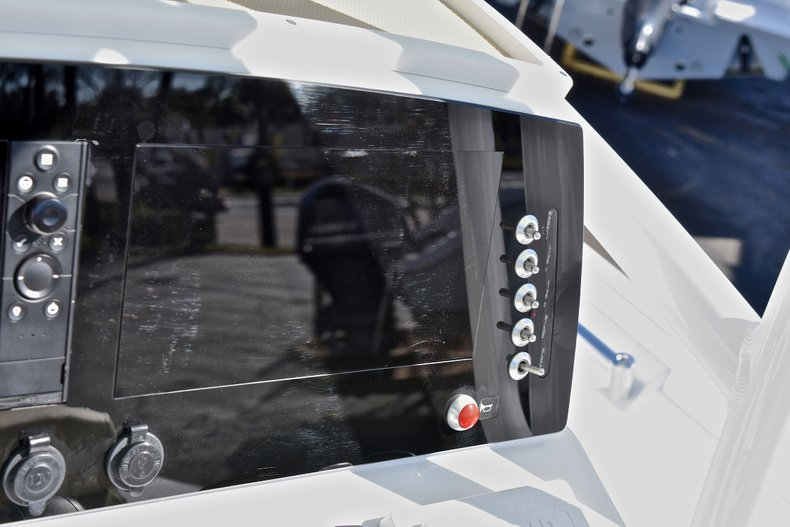 Thumbnail 30 for New 2018 Sportsman Open 212 Center Console boat for sale in West Palm Beach, FL