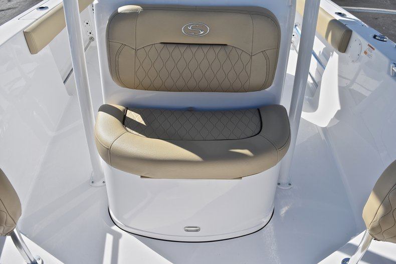Thumbnail 41 for New 2018 Sportsman Open 212 Center Console boat for sale in West Palm Beach, FL
