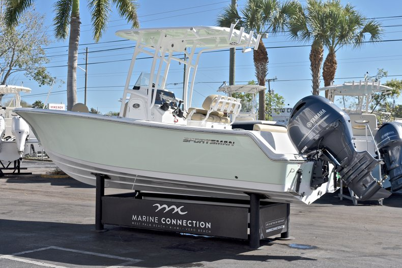 Thumbnail 6 for New 2018 Sportsman Open 212 Center Console boat for sale in West Palm Beach, FL