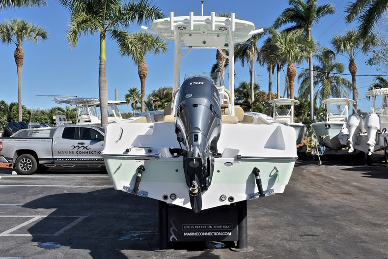 Thumbnail 7 for New 2018 Sportsman Open 212 Center Console boat for sale in West Palm Beach, FL