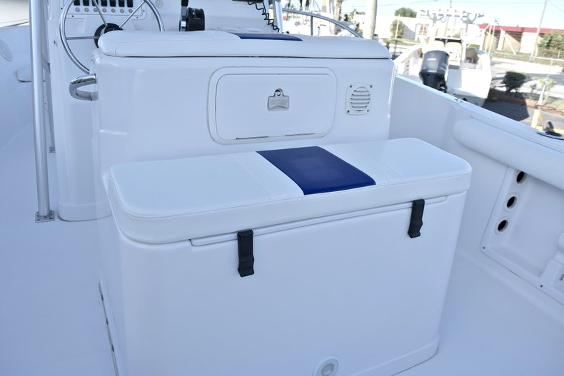 Thumbnail 17 for Used 2006 Pro-Line 21 Sport boat for sale in West Palm Beach, FL