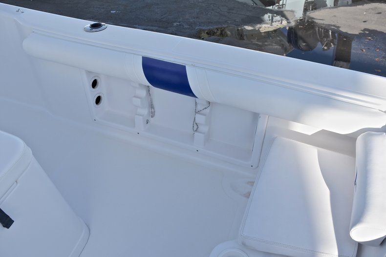Thumbnail 15 for Used 2006 Pro-Line 21 Sport boat for sale in West Palm Beach, FL