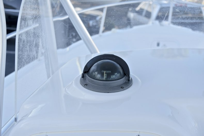 Thumbnail 26 for Used 2006 Pro-Line 21 Sport boat for sale in West Palm Beach, FL